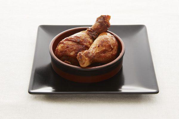 Marinerte kyllingklubber med paprika og løk